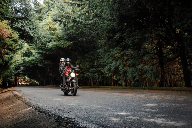 Rodando en moto Ajusco